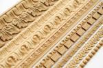 Декоры, молдинги и карнизы из древесины и полимера, опоры и балясины